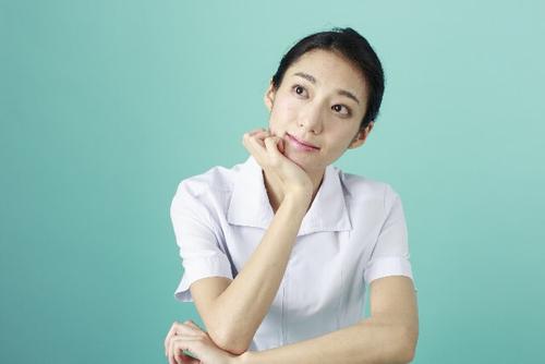 看護師の離職率はどれくらいか悩み中