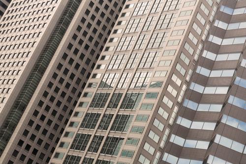 大企業的なビル